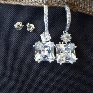 Gorgeous Sparkling Earrings